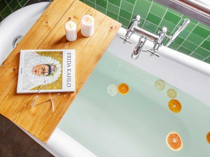 rustica-7-bathrom-detail